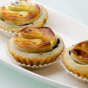 Baked-assorted-mushrooms-pastry