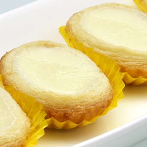 Chef Tony special egg white custard tarts